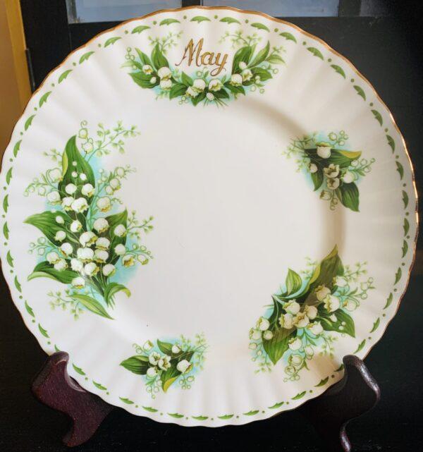 Maj månads assiett från Royal Albert