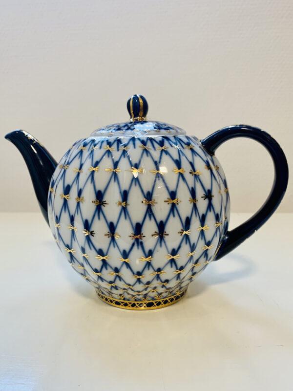tekanna-cobalt-net-fran-lomonosov